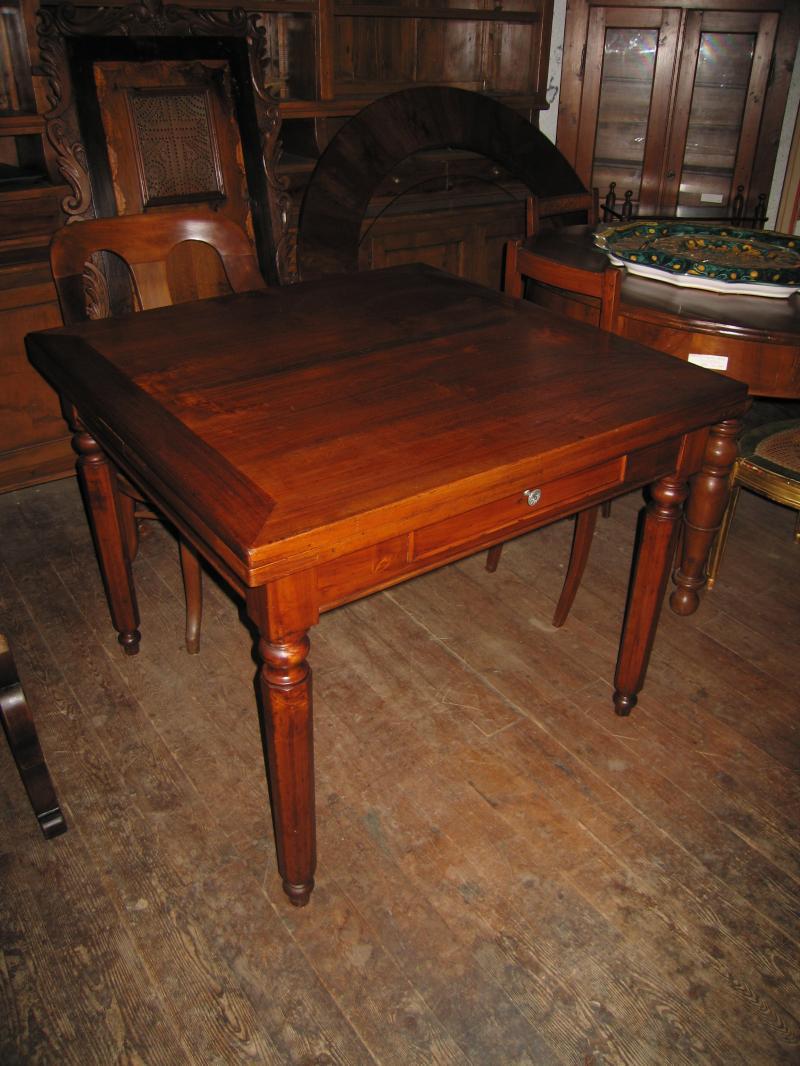 Tavolo a tiro romagnolo in legno di pioppo tavoli in for Vendita tavoli in legno